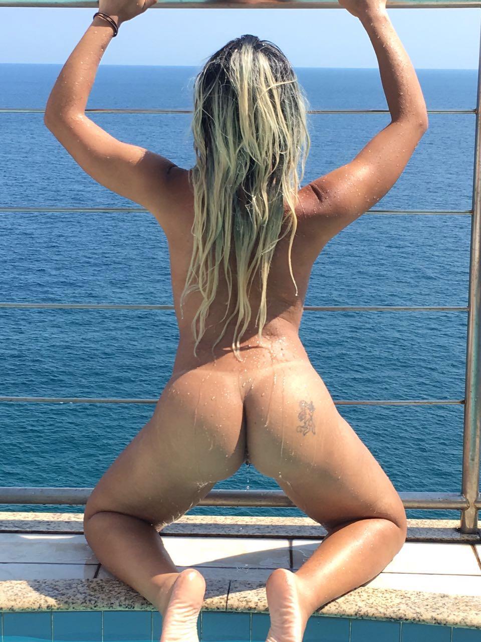 Lívia Revista Sexy